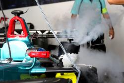 De wagen van Oliver Turvey, NEXTEV TCR Formula E Team