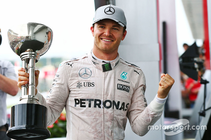 Переможець Ніко Росберг, Mercedes AMG F1 на подіумі