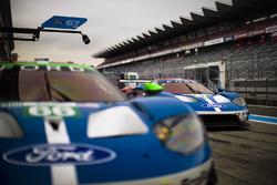 #67 Ford Chip Ganassi Racing Team UK Ford GT: Andy Priaulx, Harry Tincknell, #66 Ford Chip Ganassi Racing Team UK Ford GT: Olivier Pla, Stefan Mücke