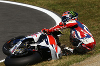 Sam Lowes crash