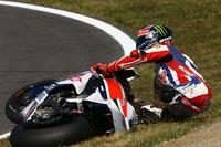Sam Lowes crash
