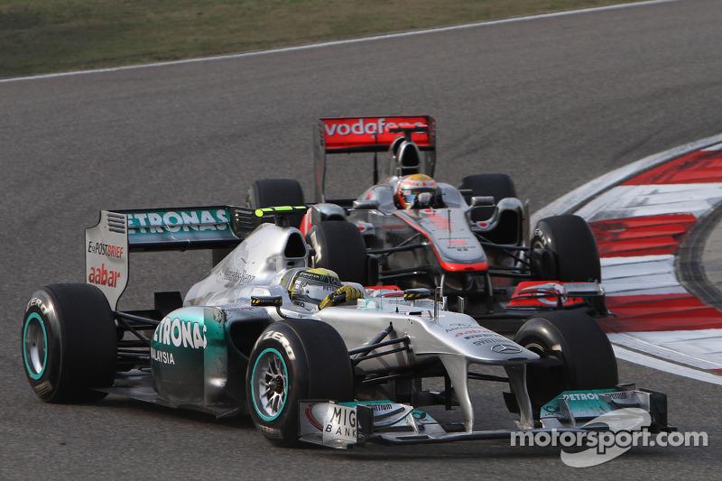2011: Duelo con Hamilton en China