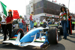 The car of Mario Dominguez on the starting grid