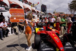 Lovely grid girl for Sébastien Bourdais