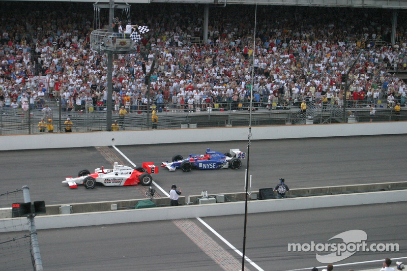 2006: Sam Hornish Jr.wint voor Marco Andretti