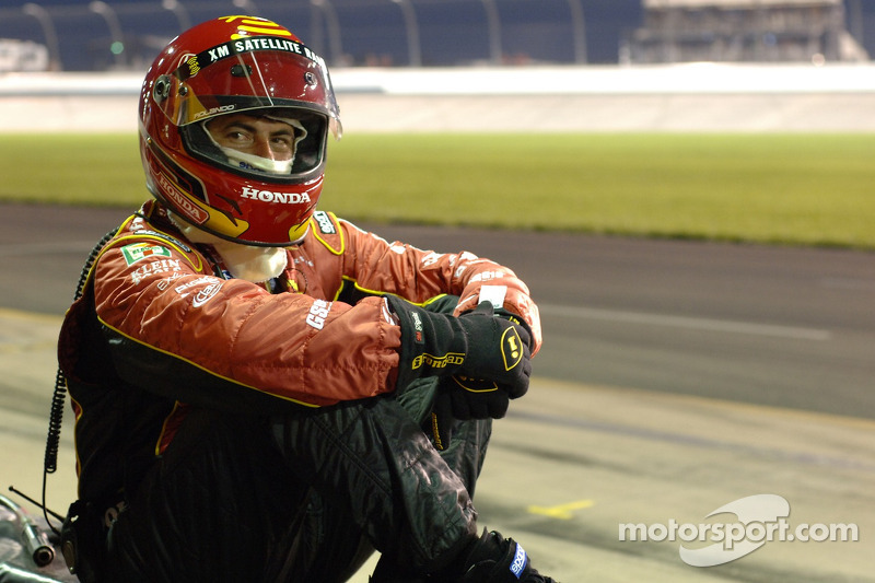 Crew member waits for next pitstop