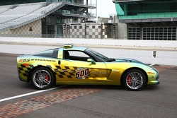 Apart from the fuel system and powertrain controller revisions required to run E85, the Z06 concept Pace Car is mechanically stock