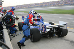 Pitstop for Marco Andretti