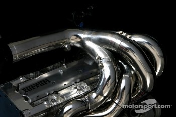 Boycot threat over F1 engines