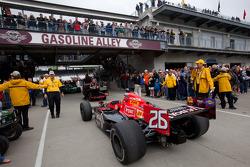 Andretti Autosport of Marco Andretti heads to pitlane