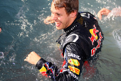 Sebastian Vettel, Red Bull Racing in the pool