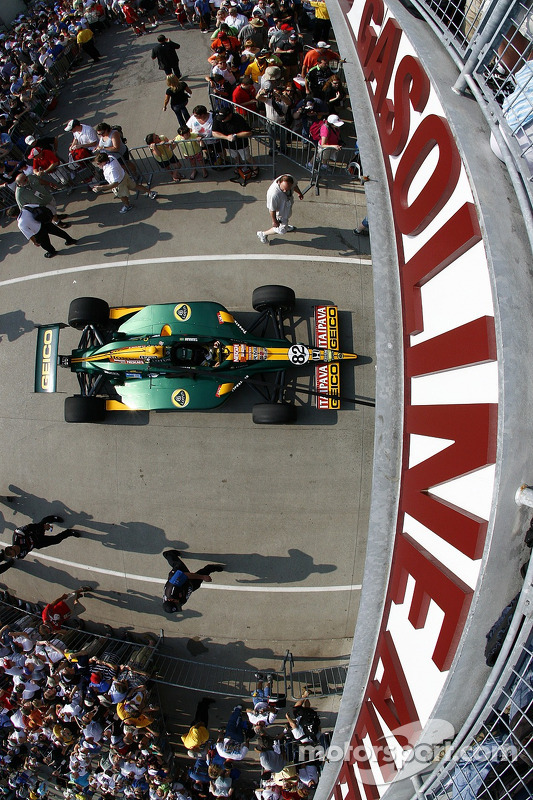 Car of Tony Kanaan, KV Racing Technology-Lotus