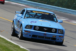 #95  Race with RP Ford Mustang: Brad Adams, Jim Daniels, Steve Phillips