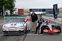 Lewis Hamilton et Tony Stewart