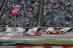 Dario Franchitti, Scott Dixon, Target Chip Ganassi Racing take the checked flags