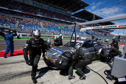 Pit stop for Bruno Spengler, Team HWA AMG Mercedes C-Klasse