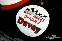 Get well' badge for Davey Hamilton