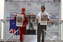 Scott Dixon accepts 2003 IndyCar series championship trophy