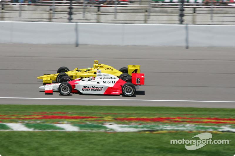 Tomas Scheckter et Sam Hornish Jr.