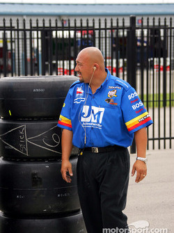 Panther Racing crew member Carlos Fernandes