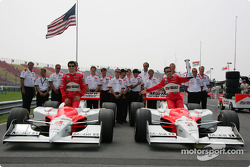 Front row: pole winner Helio Castroneves with Sam Hornish Jr.