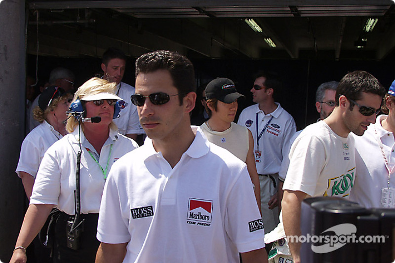 Drivers' meeting: Helio Castroneves