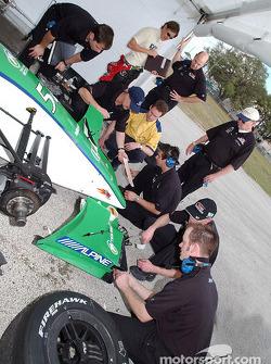 Adrian Fernandez and Team Fernandez working on car