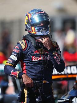 Carlos Sainz Jr, Scuderia Toro Rosso en parc ferme