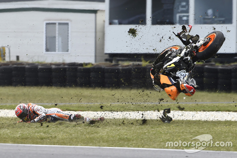 OUT: Marc Marquez, Repsol Honda Team, Crash