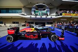 The podium (L to R): Nico Rosberg, Mercedes AMG F1, second; Lewis Hamilton, Mercedes AMG F1, race winner; Daniel Ricciardo, Red Bull Racing, third
