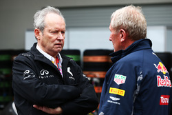 (L to R): Jerome Stoll, Renault Sport F1 President with Dr Helmut Marko, Red Bull Motorsport Consultant