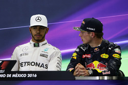 (L to R): Lewis Hamilton, Mercedes AMG F1 and Max Verstappen, Red Bull Racing in the FIA Press Conference