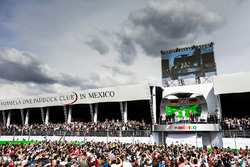Podio: Nico Rosberg, Mercedes AMG F1, segundo; Lewis Hamilton, Mercedes AMG F1, ganador de la carrera; Sebastian Vettel, Ferrari, tercero