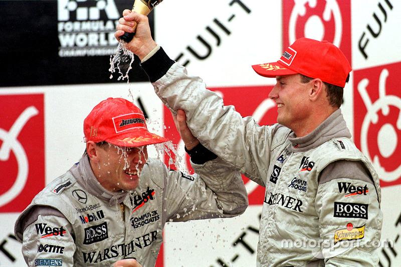 Podium : David Coulthard et Mika Hakkinen