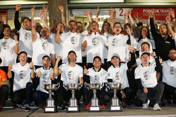 Porsche Team celebrate the Manufacturer Championship