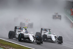 Valtteri Bottas, Williams FW38, Felipe Massa, Williams FW38