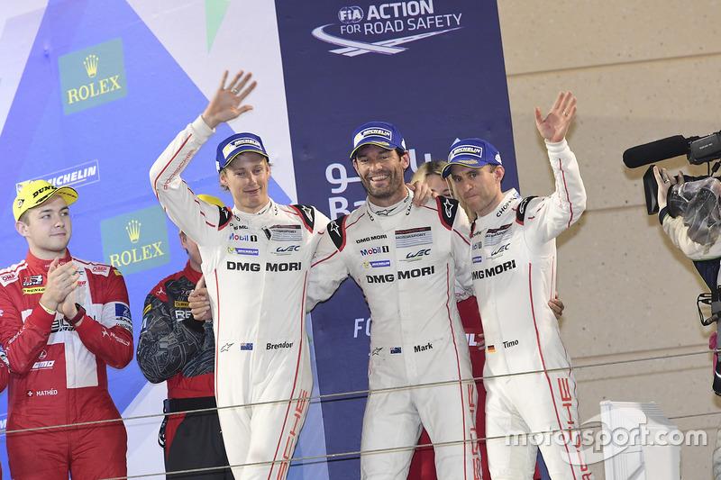 LMP1 Podio: tercer lugar #1 Porsche Team Porsche 919 Hybrid: Timo Bernhard, Mark Webber, Brendon Hartley