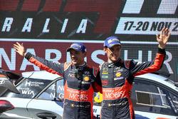 Тьерри Невилль и Николя Жильсуль, Hyundai Motorsport