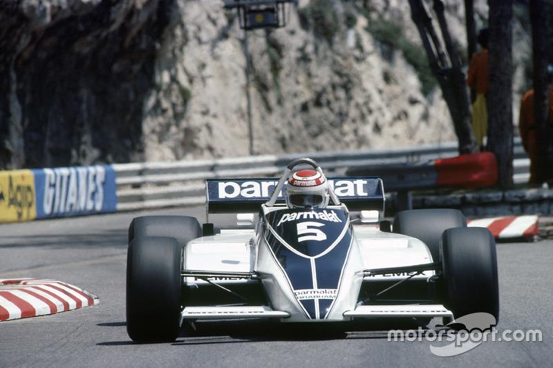 No ano de seu primeiro título, correu de forma madura o suficiente para bater Carlos Reutemann, da favorita Williams, que se perdeu em um duelo interno contra Alan Jones.