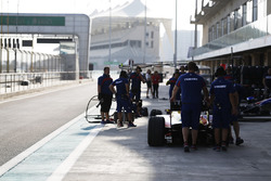 Trident team prepare for pitstop practice