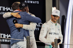 David Coulthard, Red Bull Racing and Scuderia Toro Advisor / Channel 4 F1 Commentator with World Champion Nico Rosberg, Mercedes AMG F1 and Lewis Hamilton, Mercedes AMG F1 on the podium