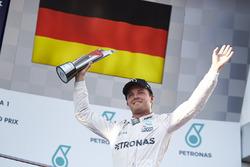 Nico Rosberg, 50. Podium für Mercedes AMG F1 - Malaysia 2016