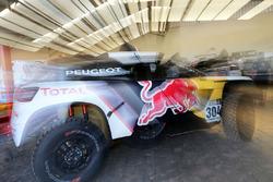 #304 Peugeot Sport Peugeot 3008 DKR: Карлос Сайнс, Лукас Крус