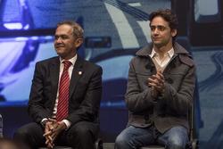 ميغيل أنخيل مانسيرا إسبينوزا، رئيس بلديّة مكسيكو سيتي وإستيبان غوتيريز