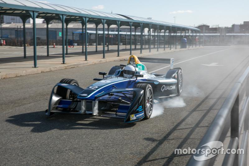 Victor Cruz en el SPARK Renault SRT_01E