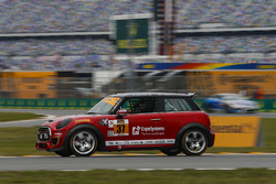 #37 MINI JCW Team, MINI Cooper John Cooper Works: Mike LaMarra, James Vance