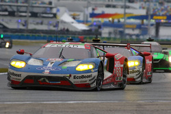 #68 Ford Performance Chip Ganassi Racing, Ford GT: Billy Johnson, Stefan Mücke, Olivier Pla; #67 Ford Performance Chip Ganassi Racing, Ford GT: Ryan Briscoe, Richard Westbrook, Scott Dixon