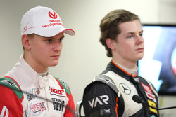 Mick Schumacher, Harrison Newey