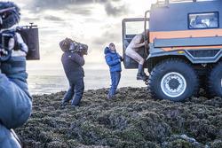 Matt LeBlanc helping a naked rambler into the Avtoros Shaman, in the Isle of Man