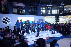 Launching Suzuki Indonesia Iannone & Rins